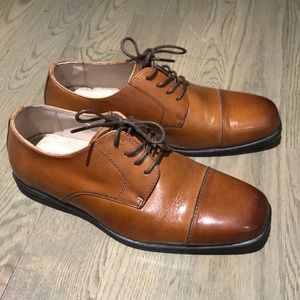 NWOT - Florsheim cognac leather shoes 6.5